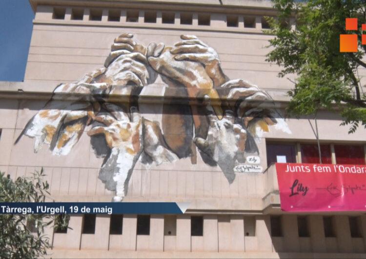 Inauguren al mural de gran format a l'EA Ondara  de Tàrrega obra de  Lily Brik i Erik Schmitz