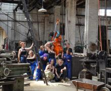 El Museu Trepat de Tàrrega acull una acció creativa de l'EASD Ondara que reivindica el paper de la dona en la societat industrial