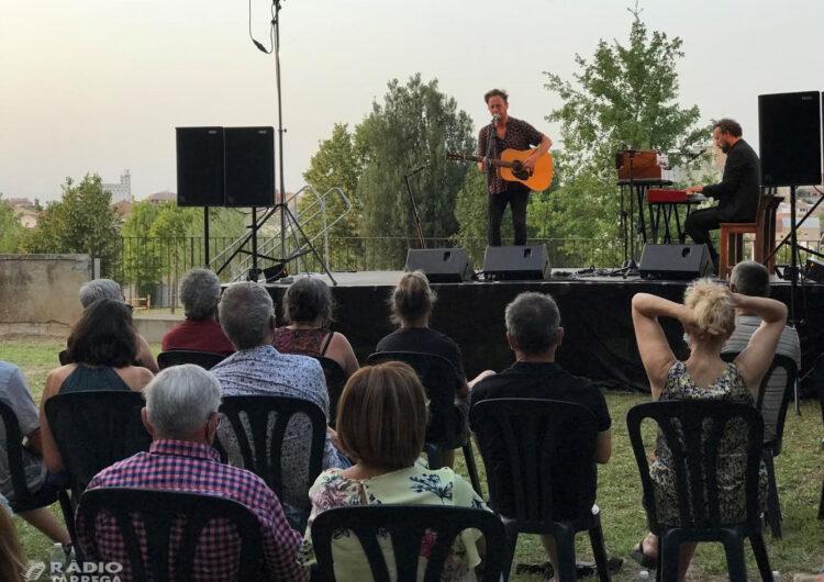 El convent de Sant Bartomeu de Bellpuig s'omple de poesia amb el músic David Carabén i els seus 'Poemes amb veu i guitarra'