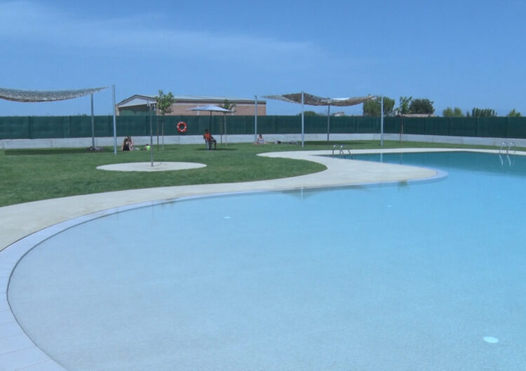 La primera piscina municipal de Vilagrassa, amb una gran rebuda entre els seus habitants