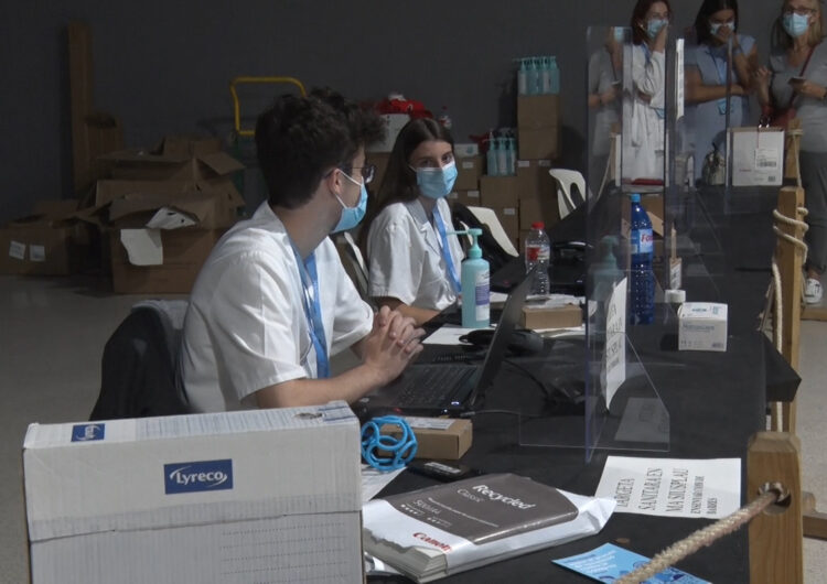 Comença la vacunació als joves d'entre 12 i 15 anys a l'Espai Mercat de Tàrrega