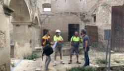 Treballs de consolidació dels murs del Castell de Maldà