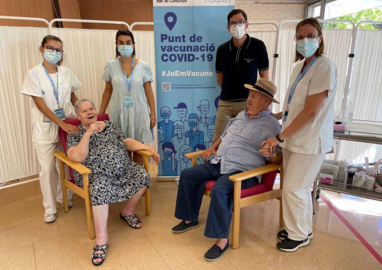Salut comença a posar la tercera dosi a les residències de gent gran de la Regió Sanitària de Lleida