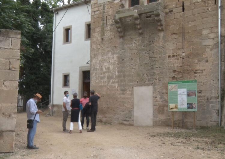 Joan Talarn visita les obres de remodelació del Molí Vell de Bellpuig